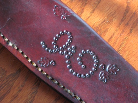 Custom sheath for knife